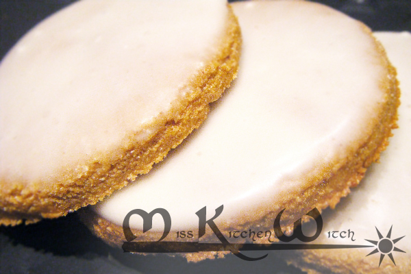 Vegan Whole Wheat Gingerbread Cookies