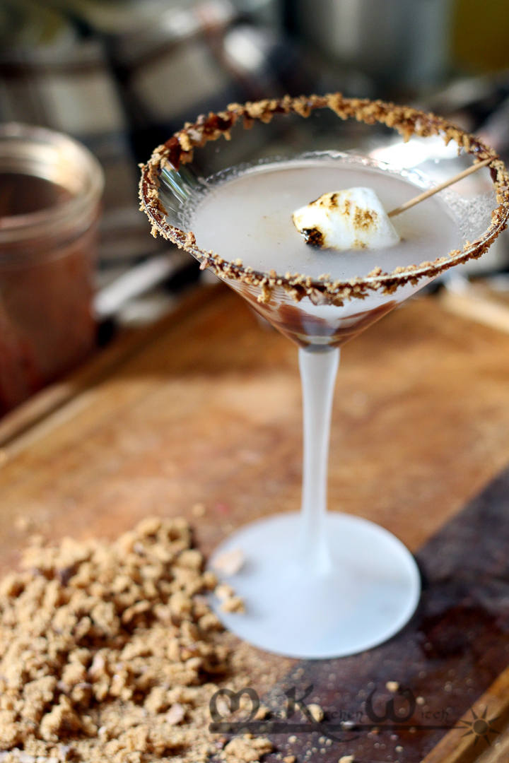 Toasted Vegan S'more Martini Cocktail