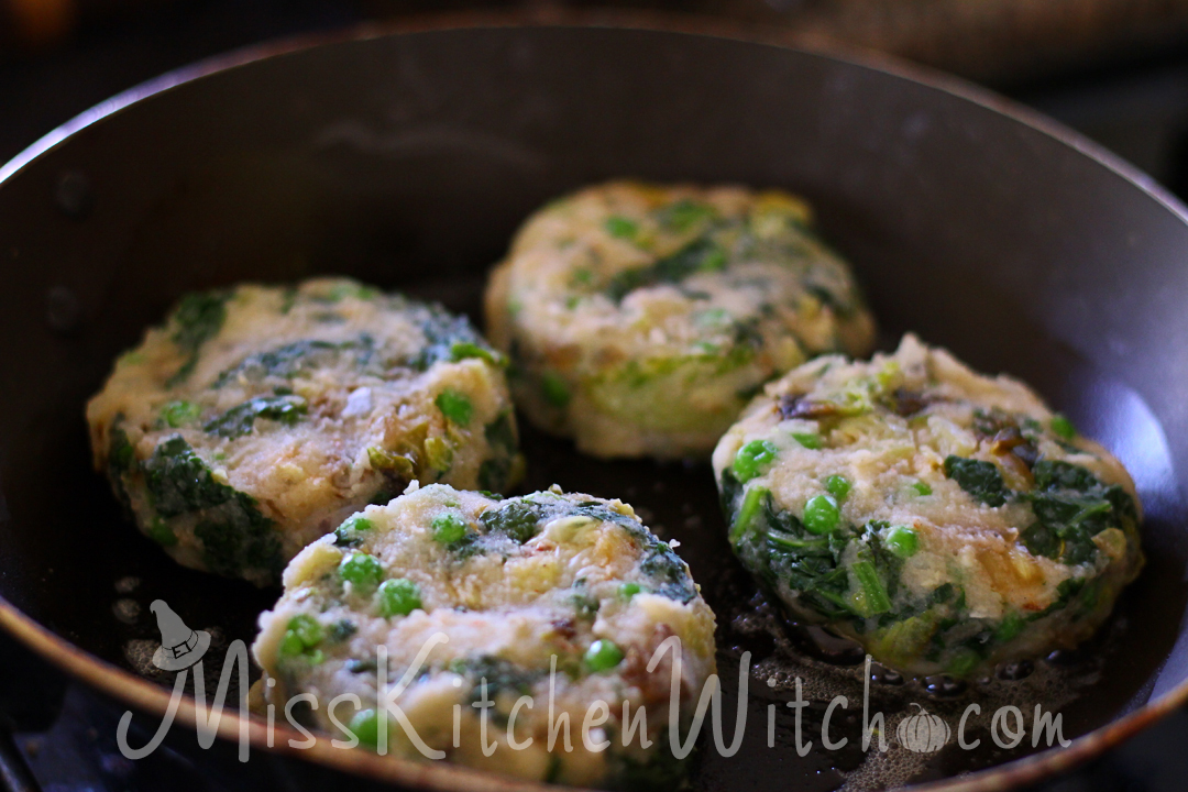 Vegan British Bubble and Squeak via http://MissKitchenWitch.com